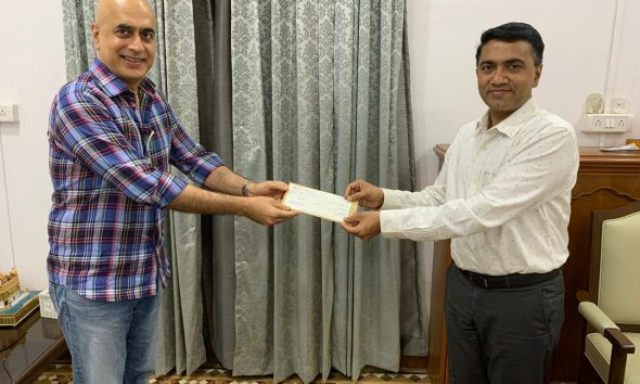 Deltin Group President Anil Malani with Goa CM Pramod Sawant
